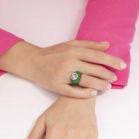 anello-arcobaleno-verde-indossato