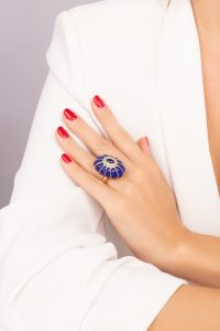 anello bon bon indossato2