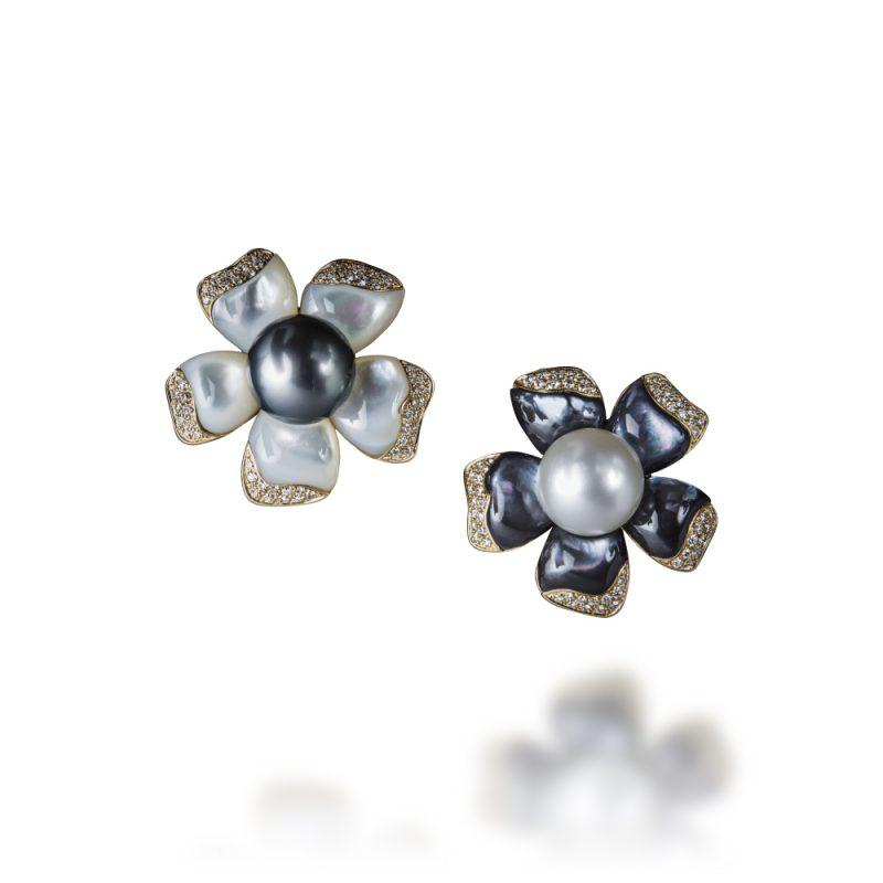 veschetti orecchini petali