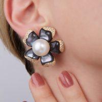 orecchini-petali indossati2